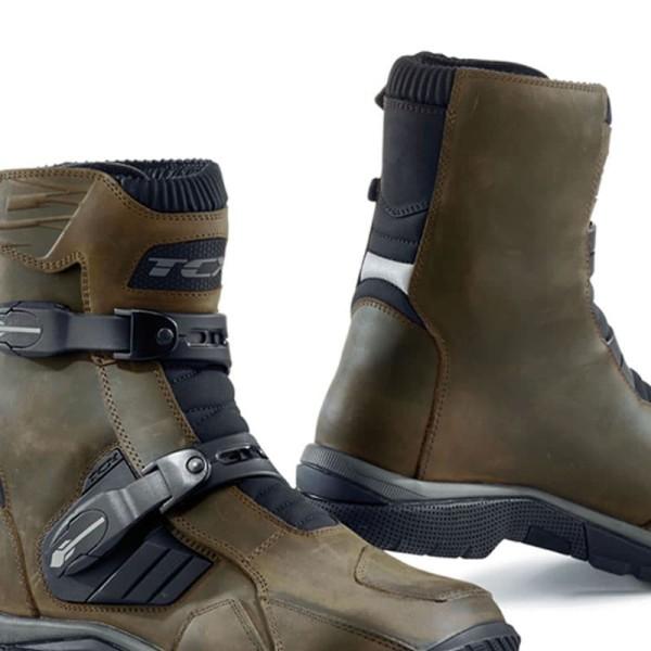 Enduro Boots TCX Baja Mid Waterproof